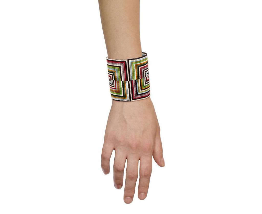 Rectangle Design Bracelet - TWISTonline