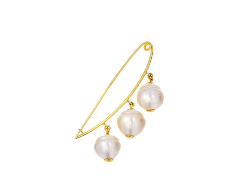Nyein Pearl Pin zoom 1_pippa_small_gold_pearl_nyein_pin