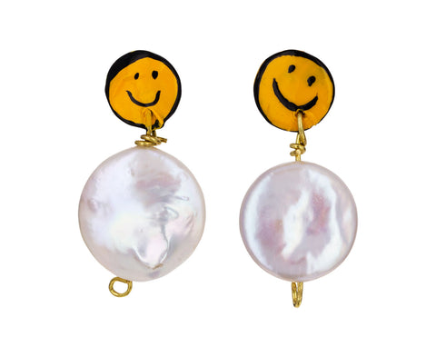 Smiley Face Pearl Dangle Earrings - TWISTonline
