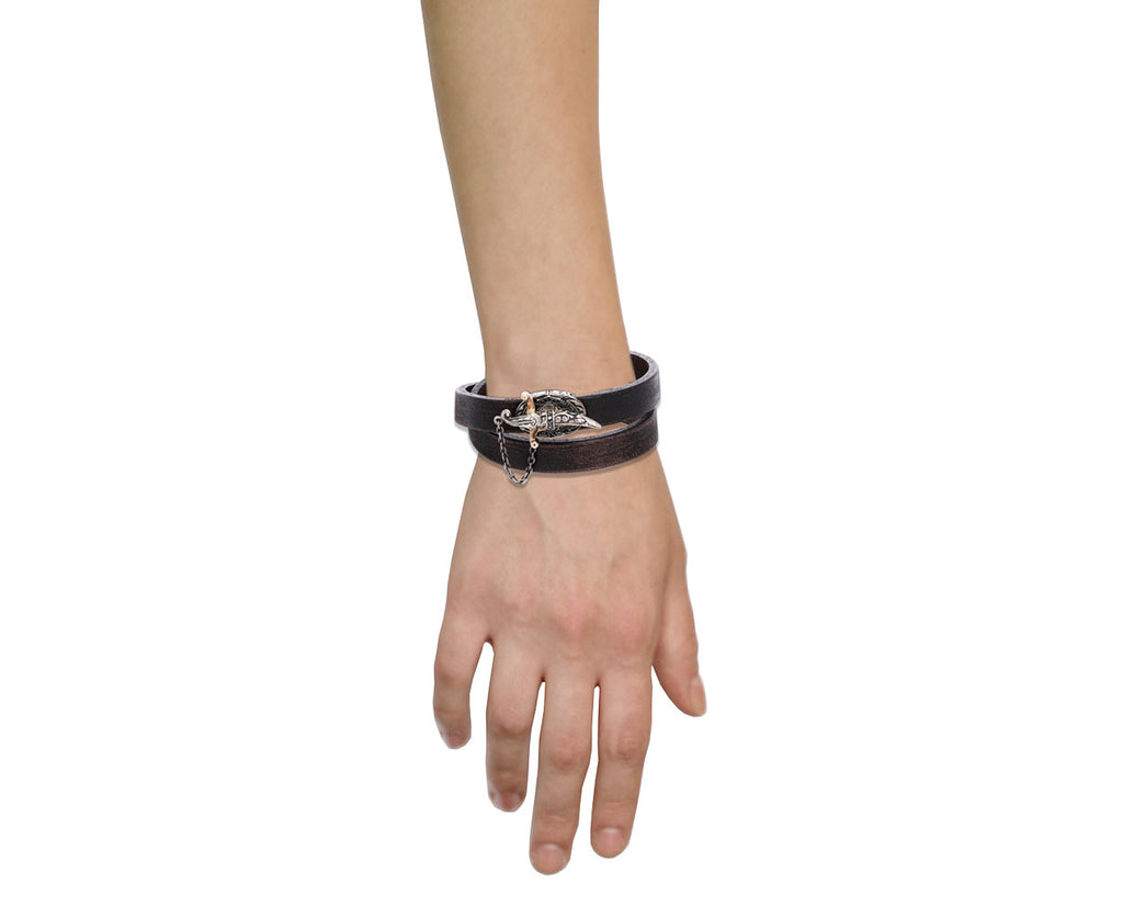 Black Diamond Sword Closure Leather Bracelet