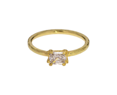 Pale Yellow Diamond Solitaire - TWISTonline
