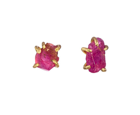 Small Ruby Claw Stud Earrings zoom 1_variance_gold_ruby_earrings