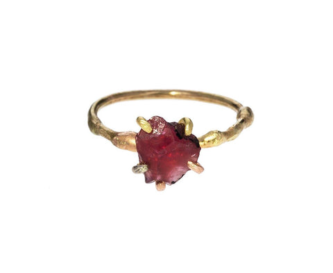Ruby Ring - TWISTonline