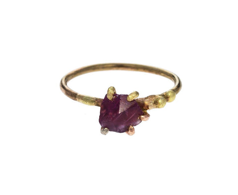Ruby Claw Ring - TWISTonline