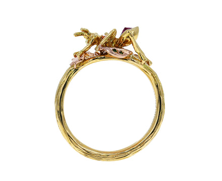 Gold Ant Ring - TWISTonline