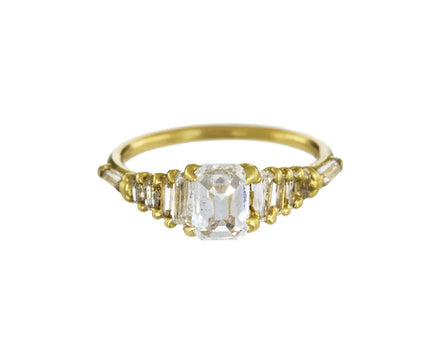 Diamond Atrium Halo Solitaire - TWISTonline