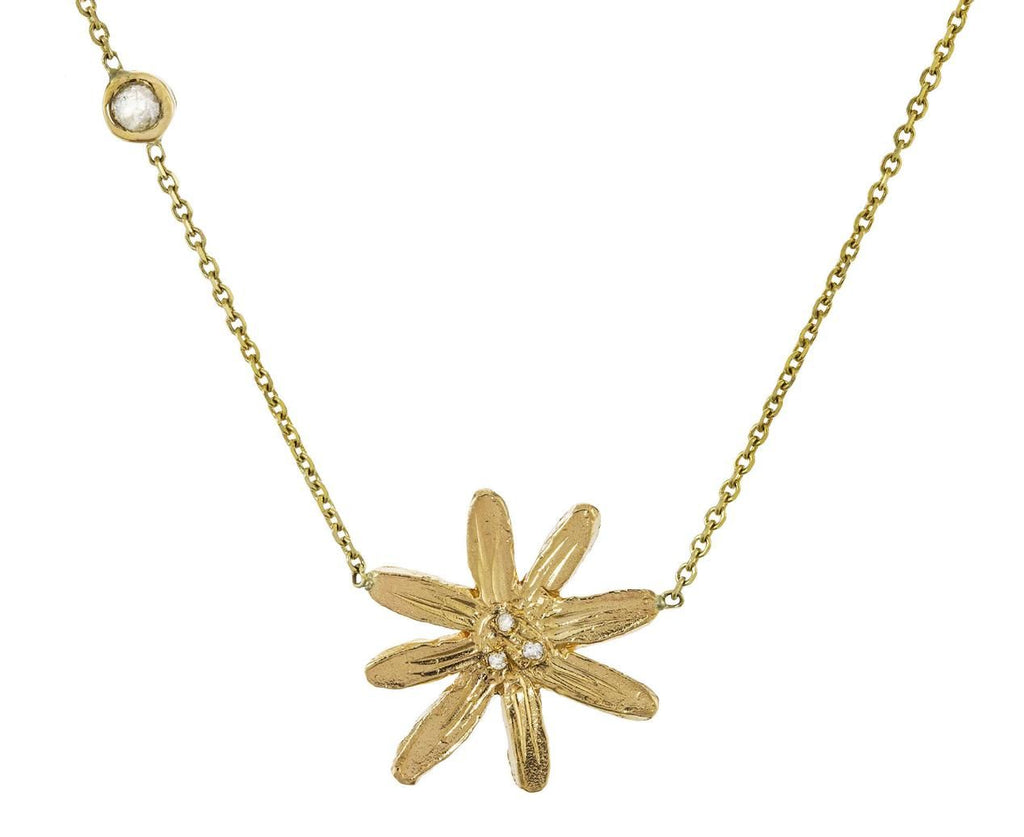Mixed Floral Pendant Necklace zoom 1_xiao_wang_gold_diamond_floral_necklace