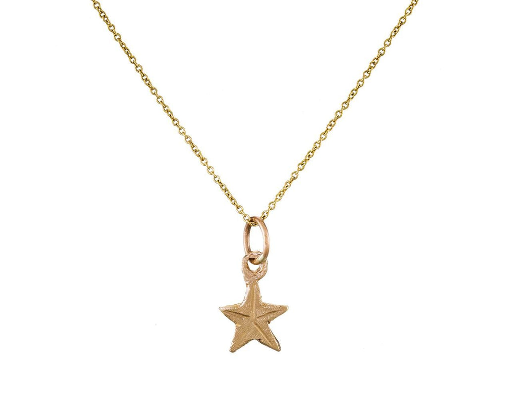 Mini Star Pendant Necklace zoom 1_ice_cream_candy_gold_mini_star_pendant_necklace