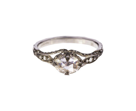 Diamond Petal Side Ring - TWISTonline