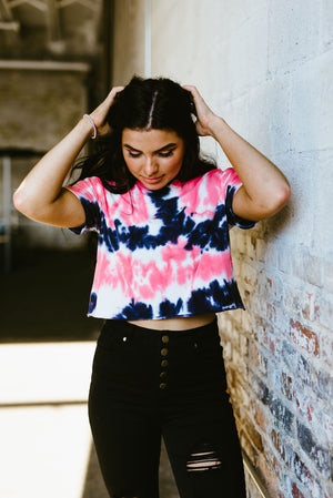 sydney tee // coral - poppy & rose clothing