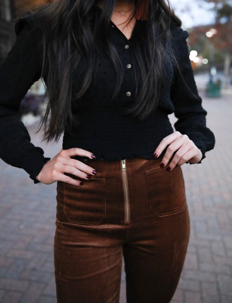 black button top
