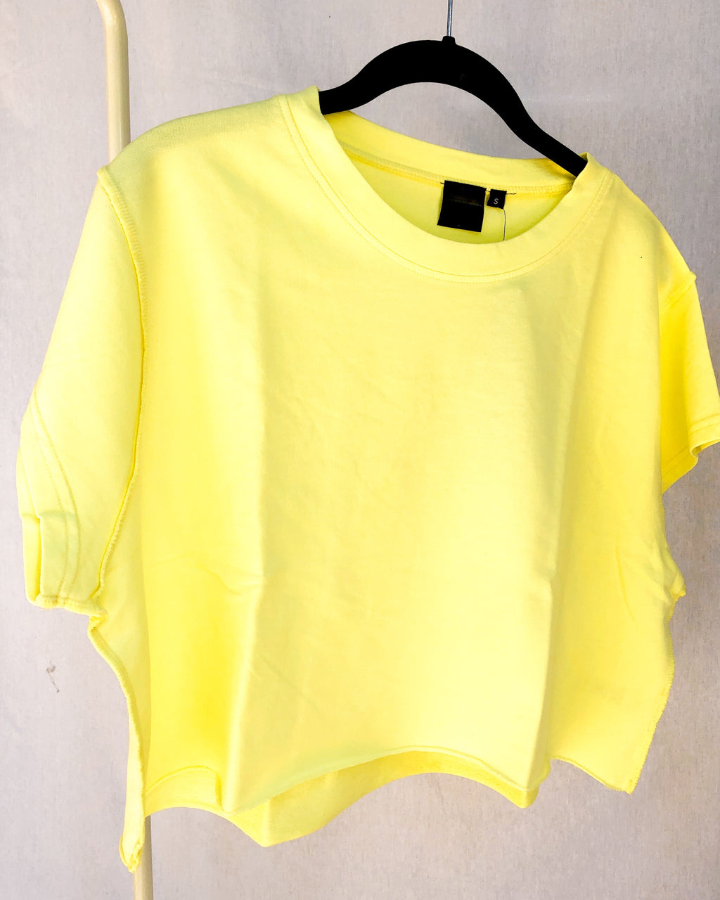 mellow yellow crop tee - poppy & rose clothing