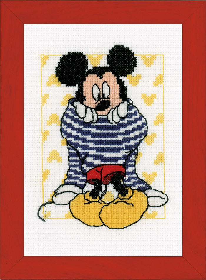 Counted Cross Stitch Kit: Disney: Mickey - Getting Dressed