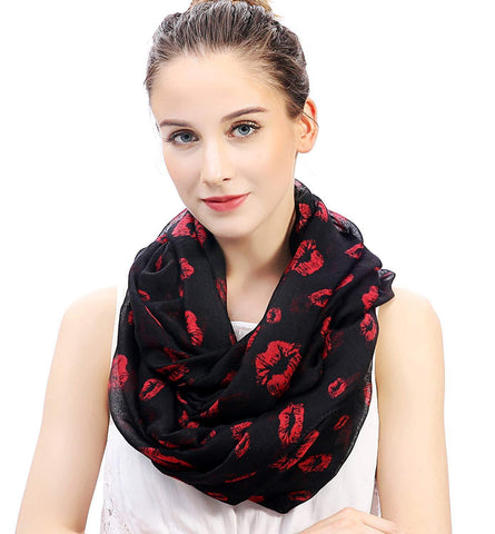 Red Lips Print Scarf