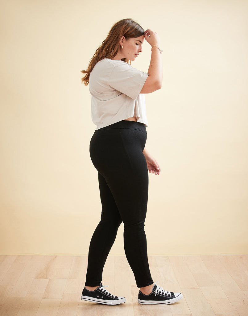 HIGH RISE / RACHEL SKINNY / BLACK PULL-ON 30""