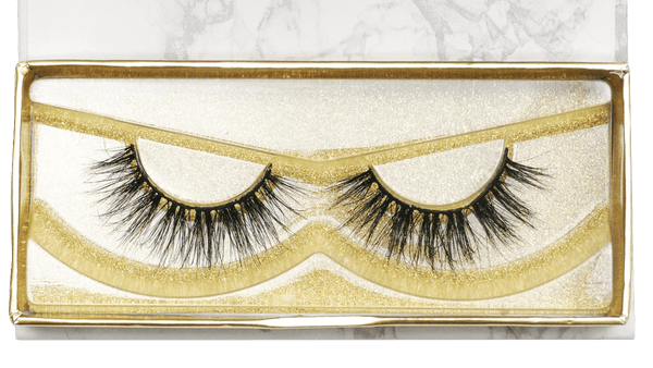 Buy Handmade 'ESSENTIALS' Cruelty-Free 3D Lashes | Essence Couture (Zoom)