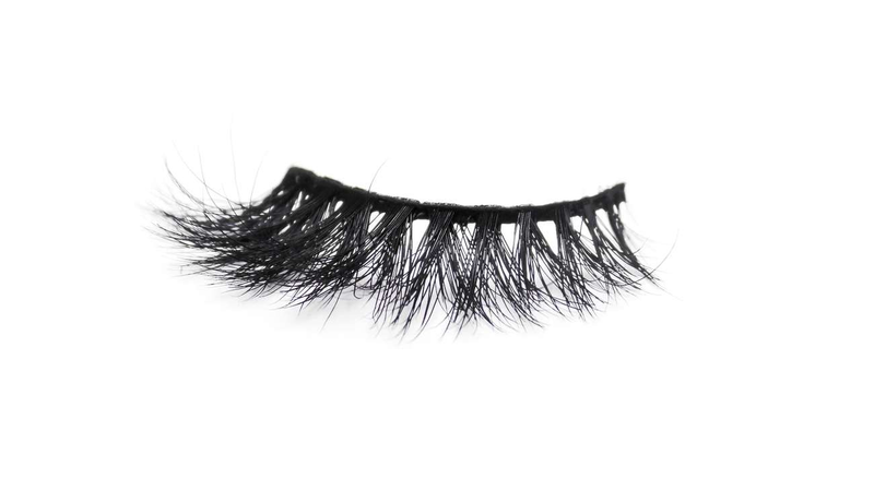 Buy 'LASH GOALS' 3D Mink Lashes - Cruelty Free | Essence Luxe Couture (Single)