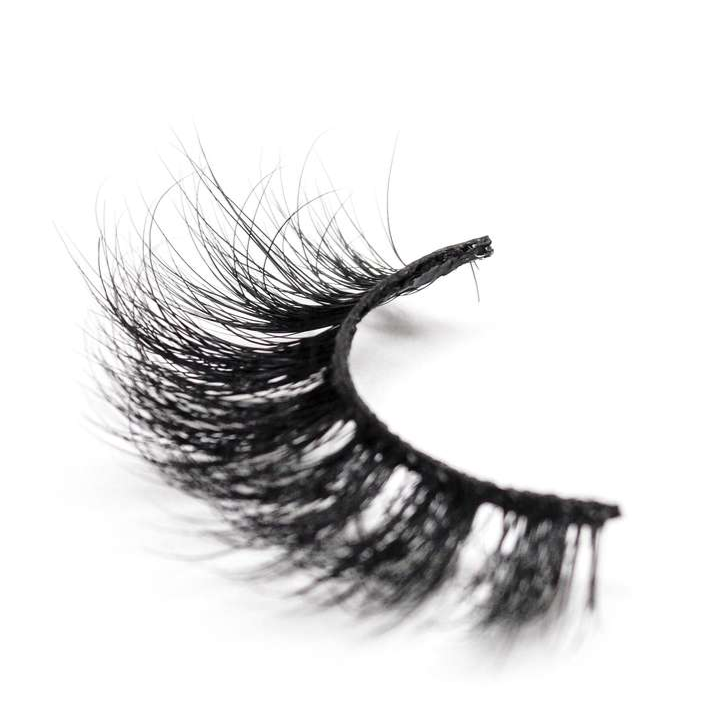 Buy 'THE DECLARATION' Full 3D Mink Eyelashes | Essence Luxe Couture (Single)