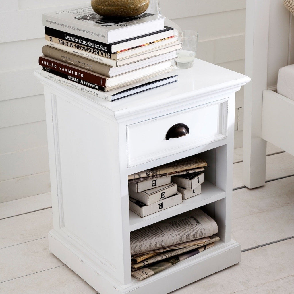 How to Choose the Ideal Bedside Table-Hygge Home US