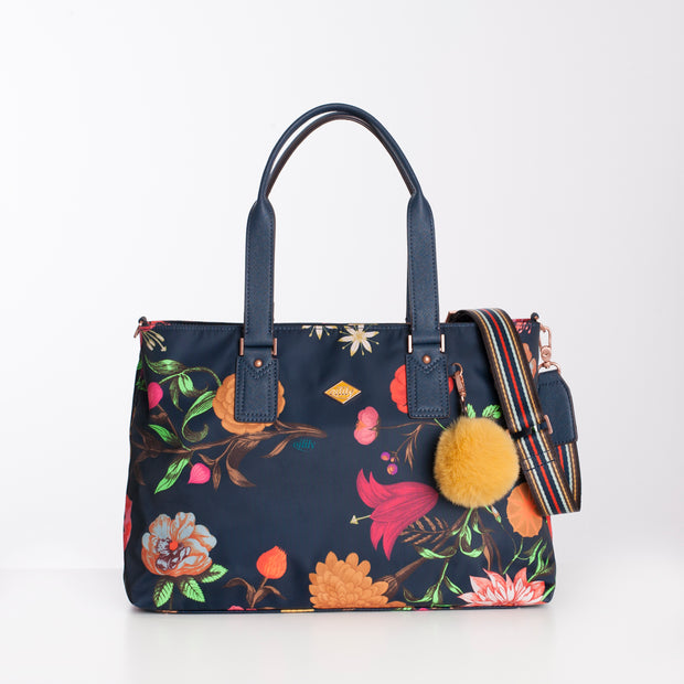 Carry All M Winter Bouquet