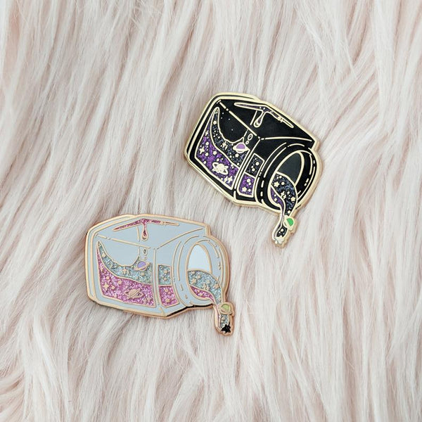 Space Jars - Enamel Pin