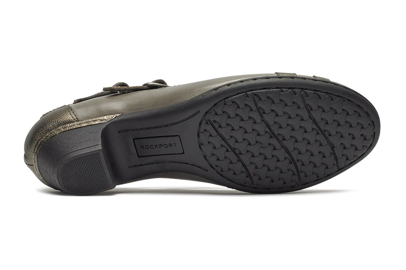 Abbott Curvy Shoe