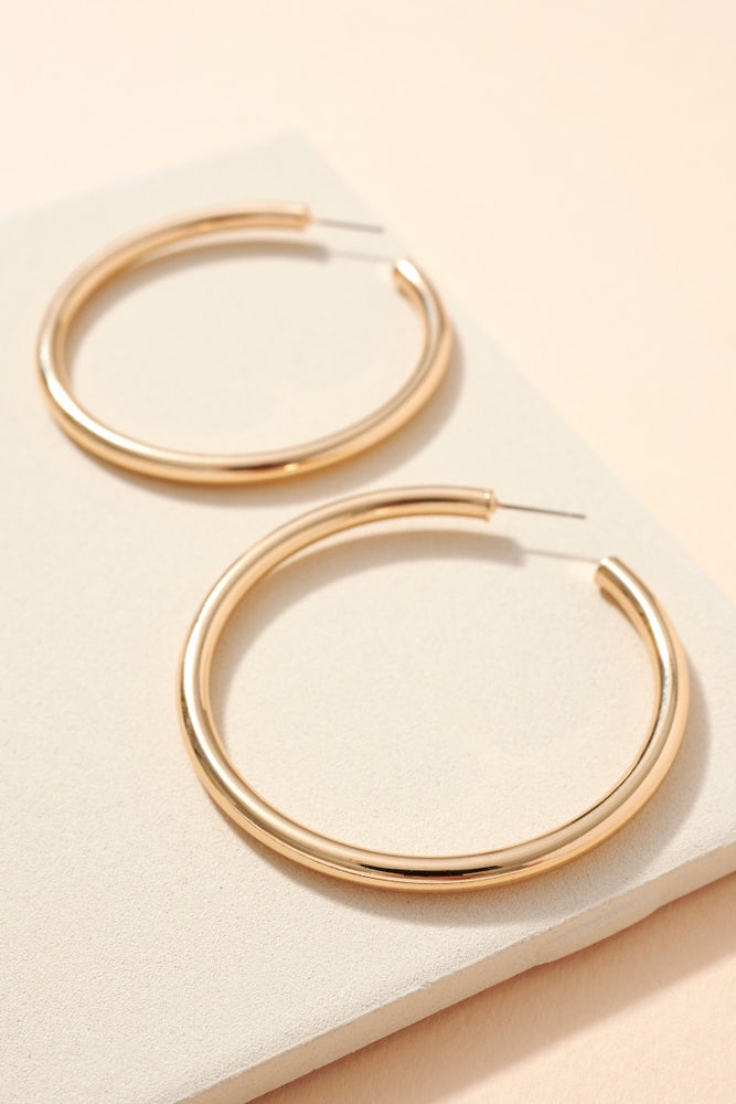 Load image into Gallery viewer, Gold Round Hoop Earring