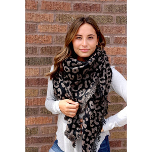 Load image into Gallery viewer, Leopard Blanket Scarf
