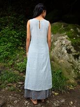 Load image into Gallery viewer, Sleeveless pleated cotton dress