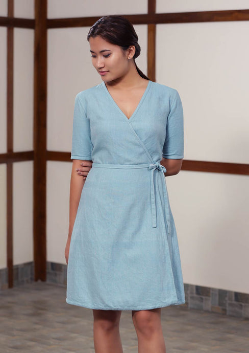 Denim-like twill weave reversible wrap dress with half/full sleeves