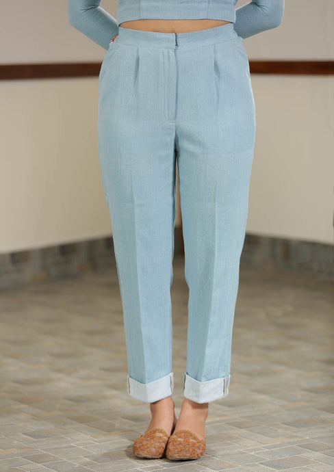 Mid-waist turn-up hem trousers with pleats and front pockets