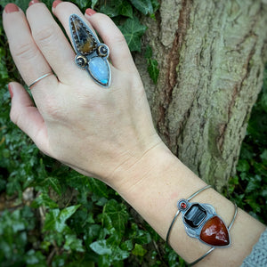 ENCHANT Plume Agate & Rainbow Moonstone Ring / Size 7.5