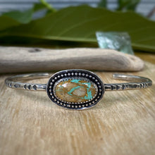 Load image into Gallery viewer, Crow Springs Turquoise Solitaire Cuff