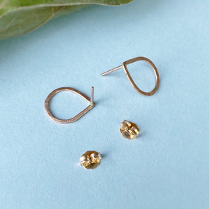Hammered Teardrop Studs / Gold Filled