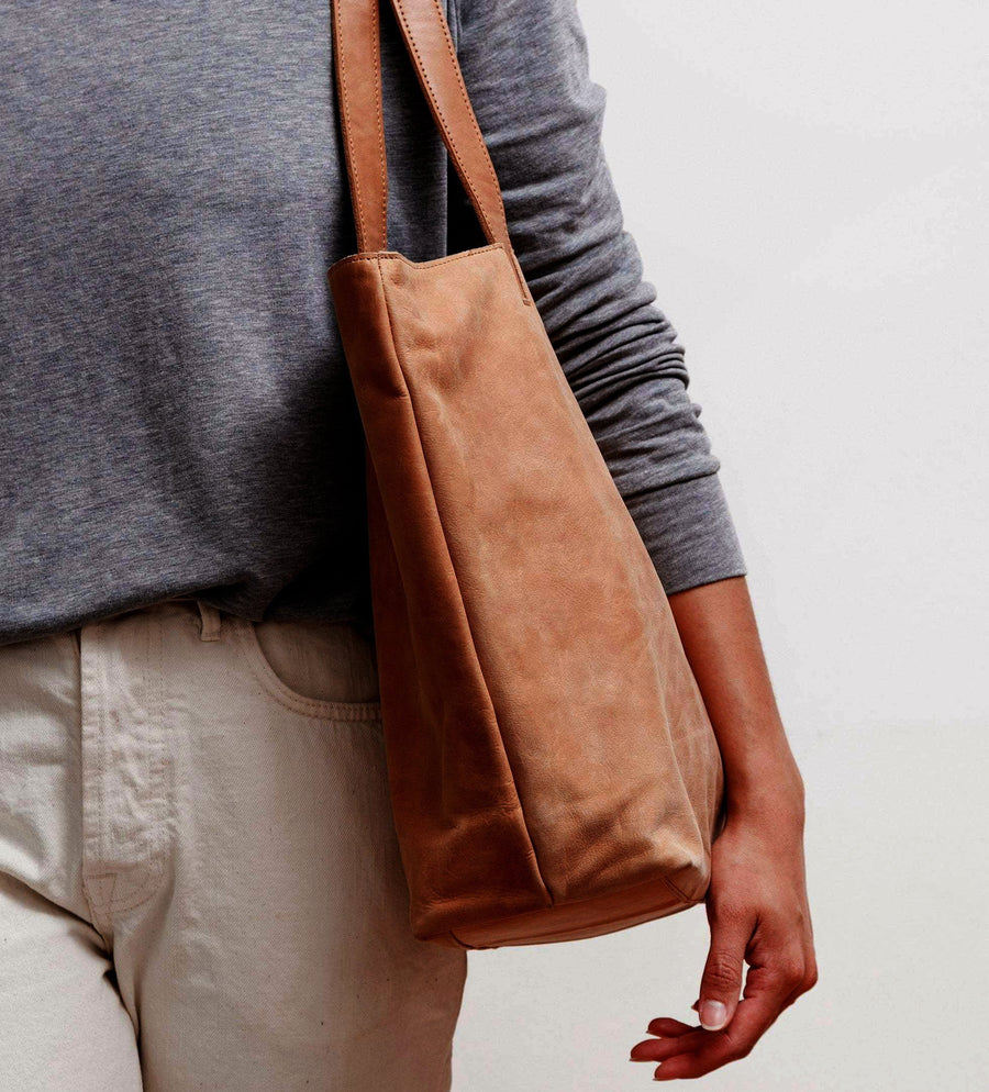 The Traveller Bag - Cognac Leather