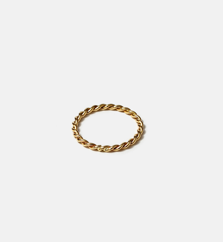 Cadine 2mm rope 14kt solid gold ring