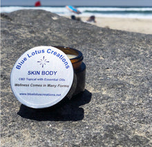 Load image into Gallery viewer, Skin Body Hemp Topical 1 oz
