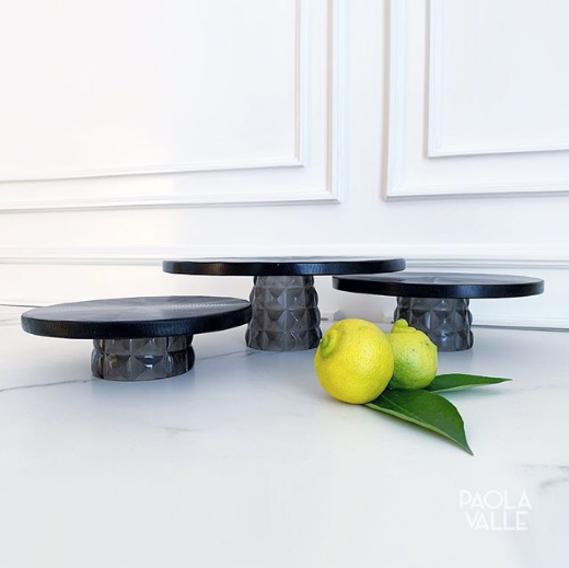 RESIN CAKE STAND SET