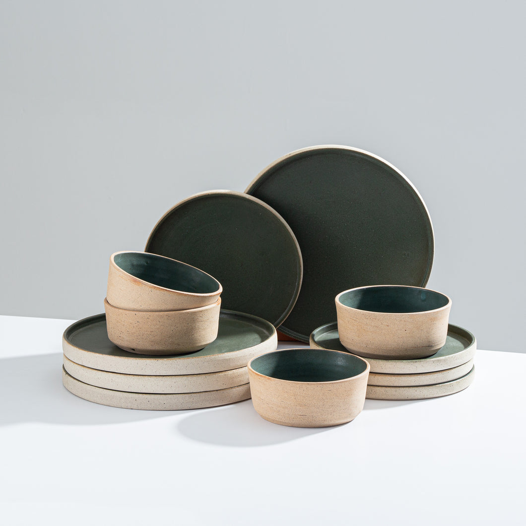 STRAIGHT EDGE TABLEWARE - green