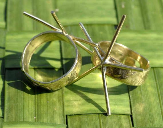Handmade Claw Ring, Hammered Shank 5 prongs, Adjustable