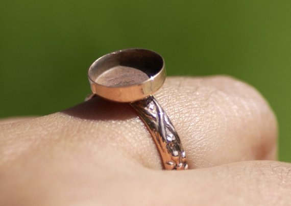 Copper Bezel Cup Ring with Textured Vine Shank, 10mm round cup