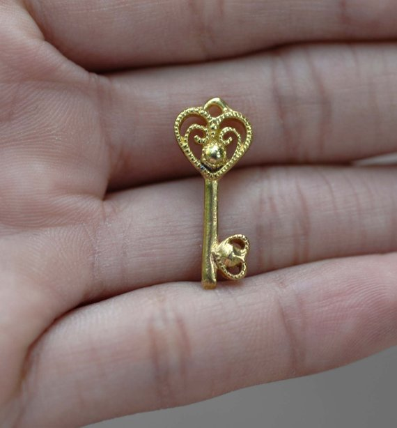Cast Bronze Heart Key