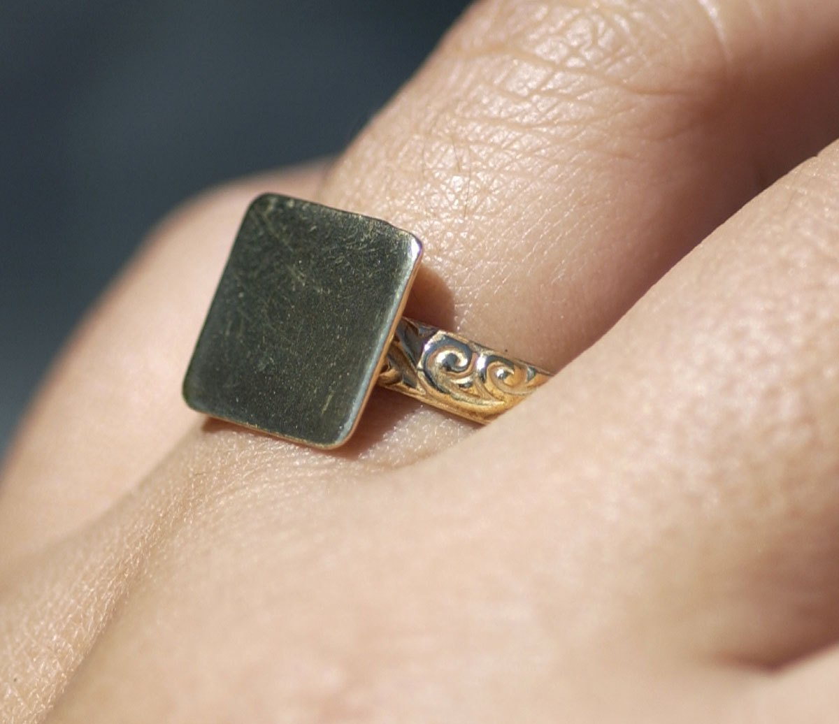 Handmade Square glue pad ring with vine pattern in bronze