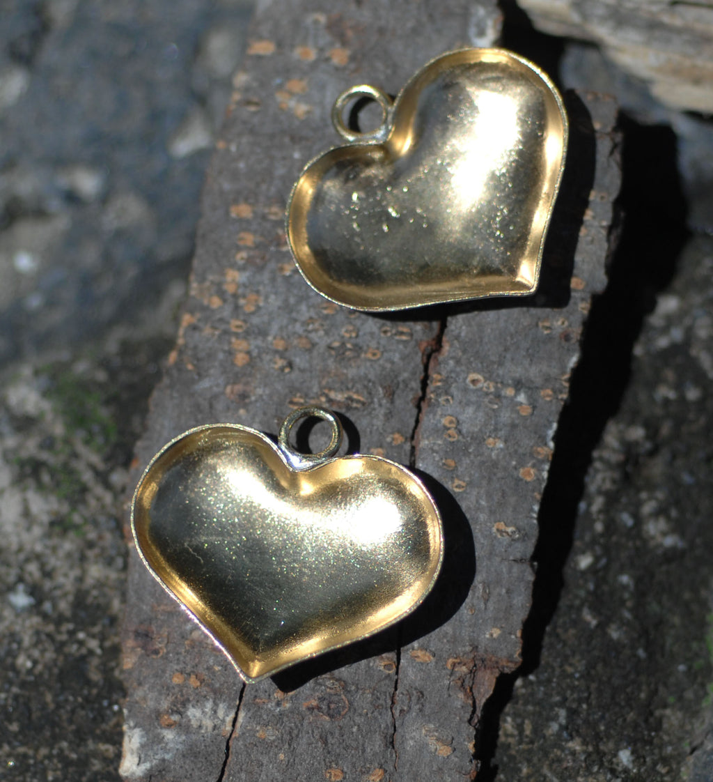 Bezel Cups for Resin Jewelry - Puffy Heart Charms