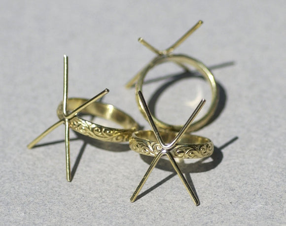 Brass Flourish Ring with Claw Finding for  For Natural Stones or Whatever - Size 6