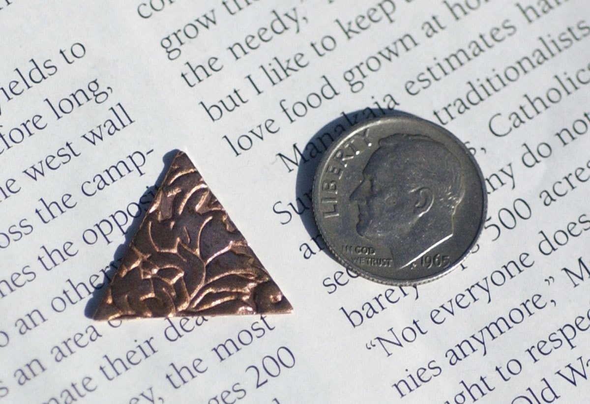 Blank Triangle in Lotus Flowers 20mm for Enameling Stamping Texturing Soldering Blanks Variety of Metals - 5 pieces