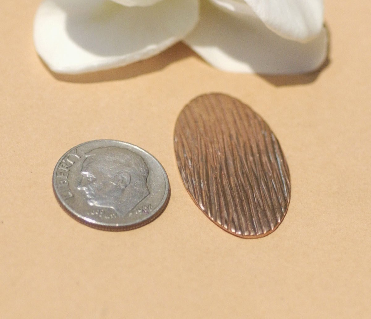 Woodgrain Pattern Oval 30mm x 17mm 24g Blanks Shape for Enameling Stamping Texturing Variety of Metals