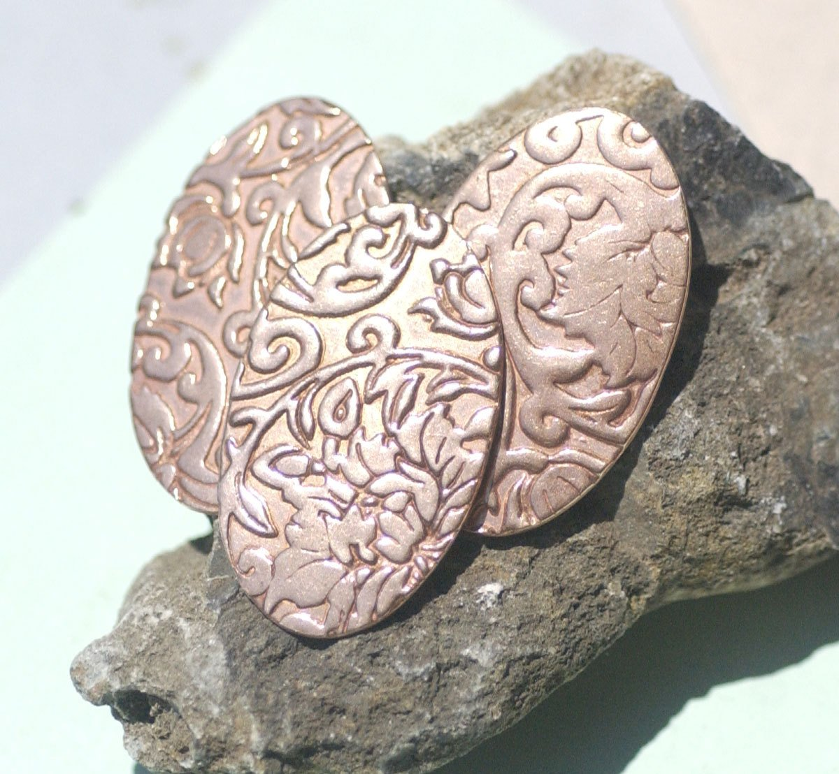 Oval 35mm x 21mm Lotus Flower Pattern Blanks Shape for Enameling Stamping Texturing Variety of Metals - 6 pieces