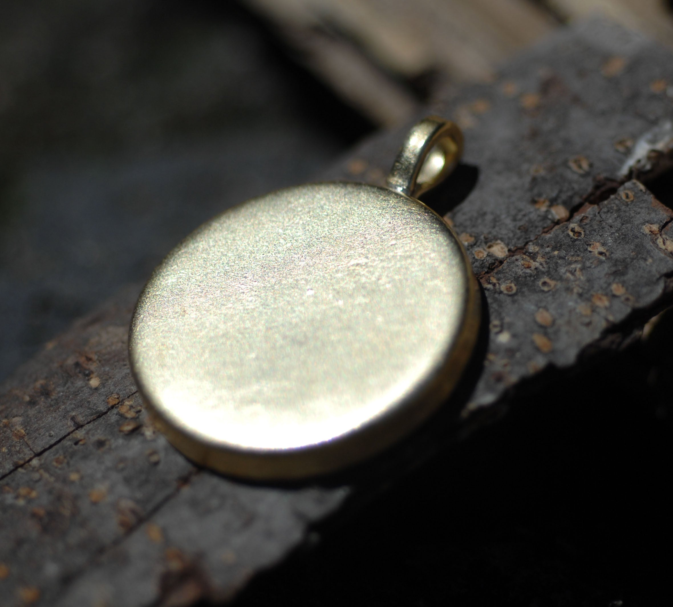 Bezel Cup Pendant for Resin Jewelry - Large Round Pendant 26mm