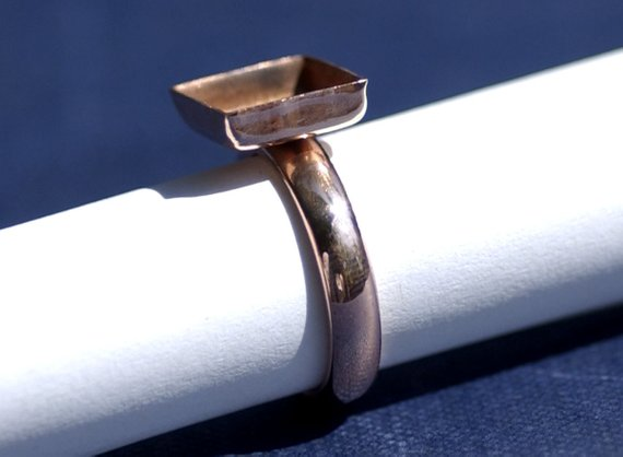 Square Bezel Cup Ring with Plain Half Round Shank, 10mm square cup